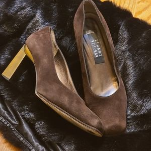 Stuart Weitzman **Suede w/gold block heels